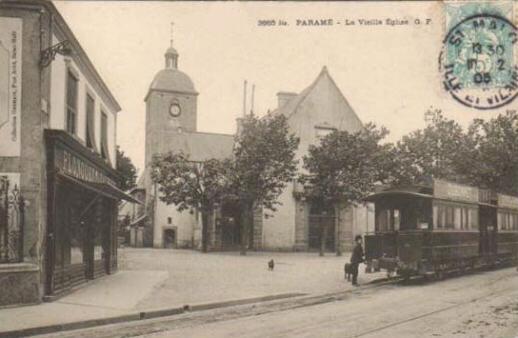 Tramway stationnant à Paramé.