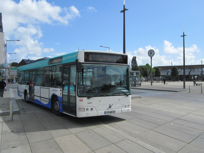 63, Gare Routière, notez que le véhicule opère sur la ligne 4