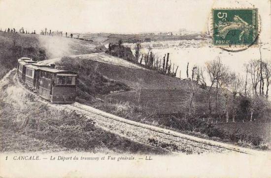 Tramway pour St-Malo longeant la mer, cur l'embranchement de la Houle, à Cancale.