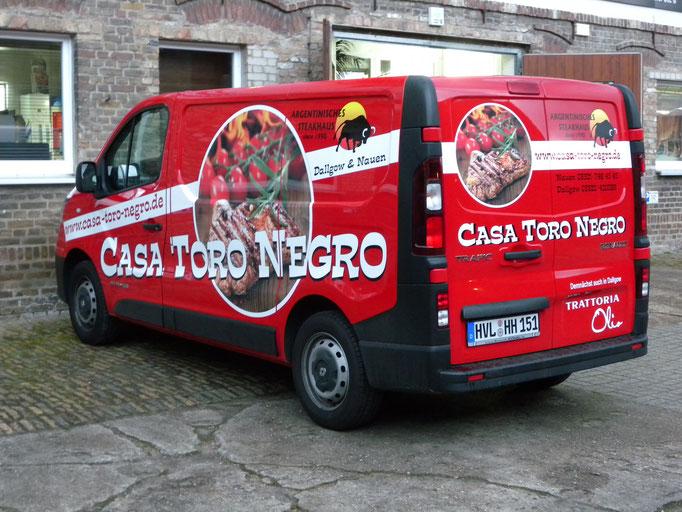 Casa Toro Negro