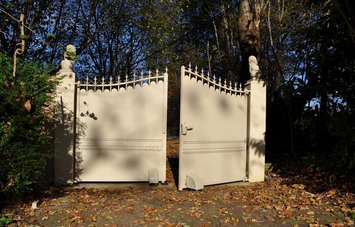 Y portón abatible 2 hojas