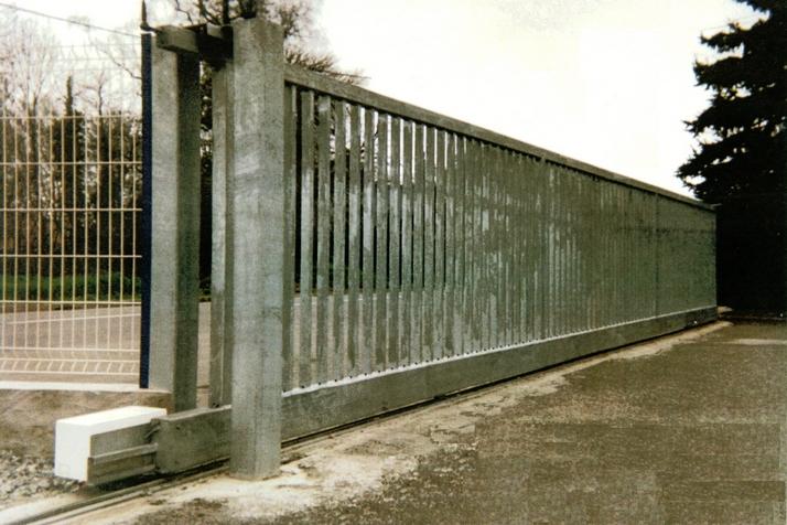 Pour portail très large