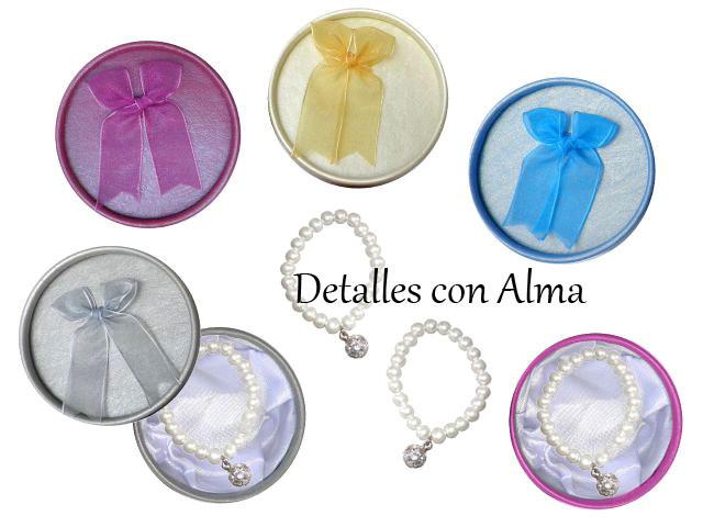 Pulseras perla con colgante de cristales