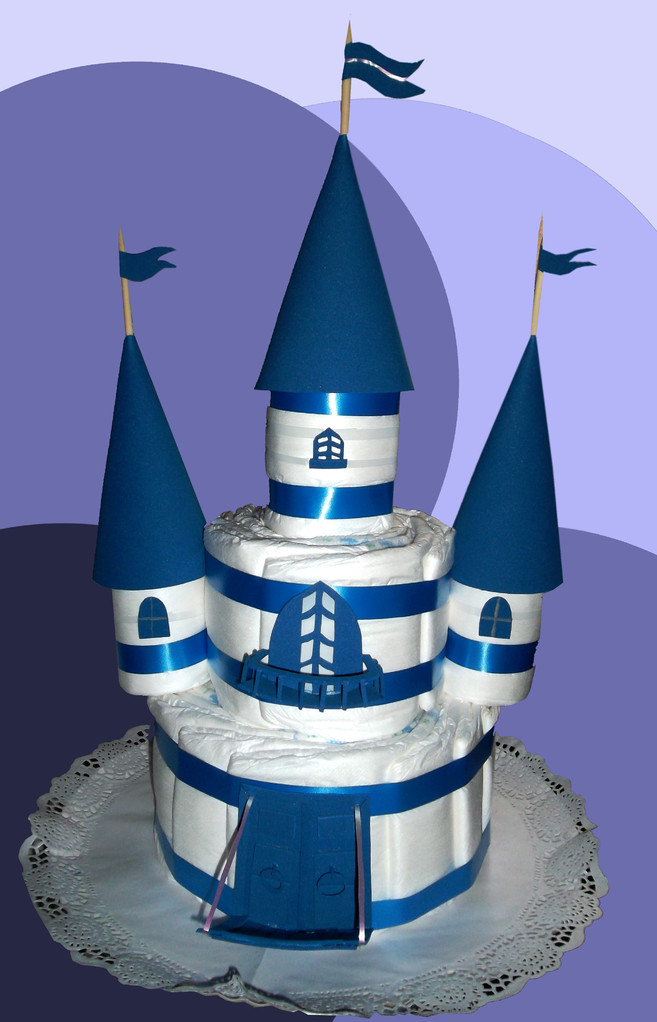 Castillo de pañales (35 pañales talla 2) 18€