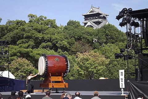 熊本城と太鼓の競技会