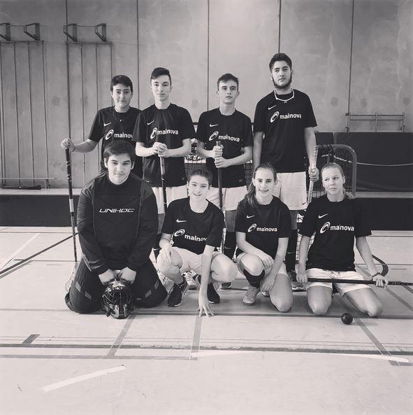 Floorball Mainz spielt in der  U17 Hessenliga und macht sich da ganz gut