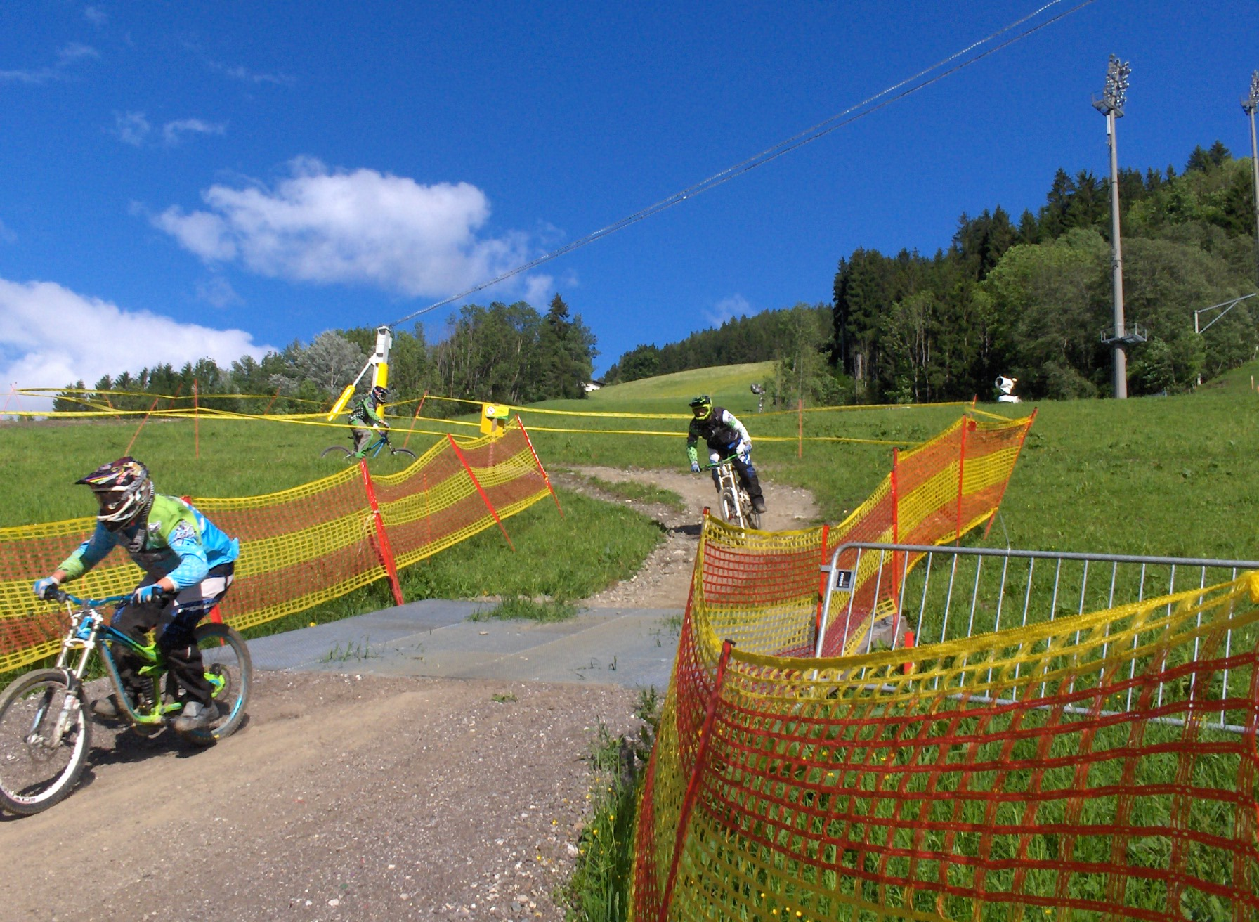 Downhill mountainbiking on Planai