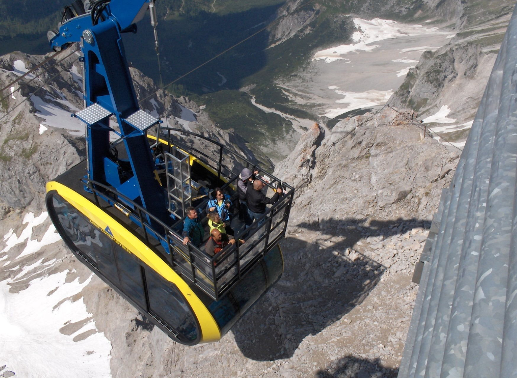 "The Dachstein gondola - with ""ride on top"""