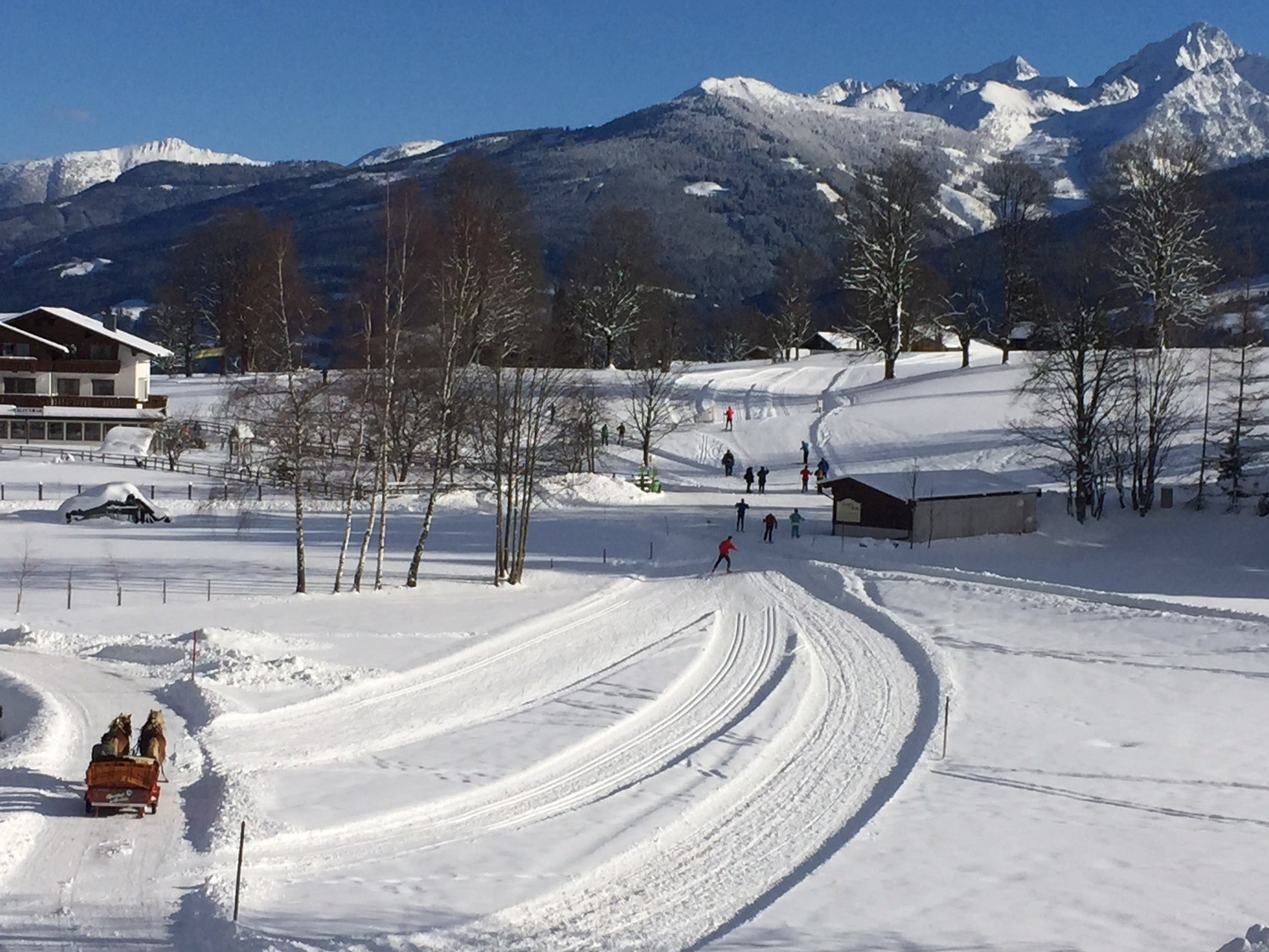 The langlauf piste and winter walking path are next to the house