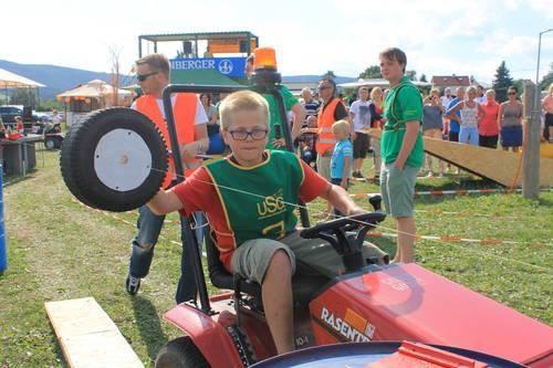 Am 10.08.2013 findet das 11. Rasentraktorrennen zum ersten Mal auf dem Gelände der Thüringeti statt. Foto: TA