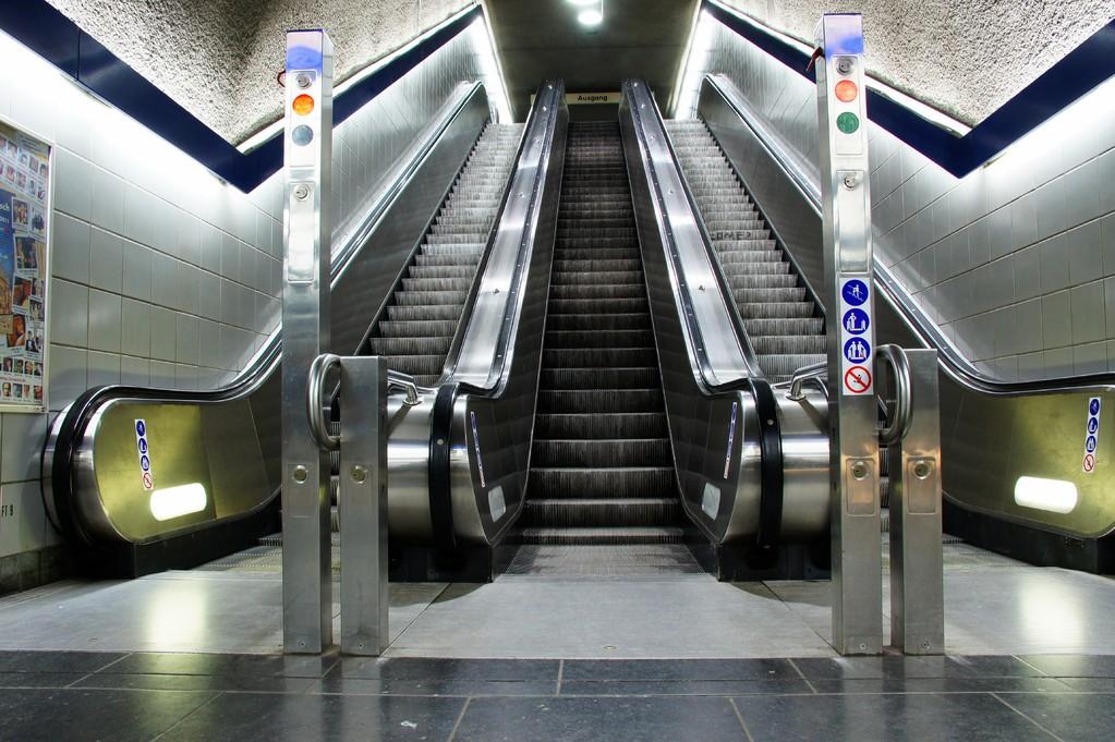 Rolltreppe, U-Bahn, Do-Hörde, Willem-van-Vlooten-Str.