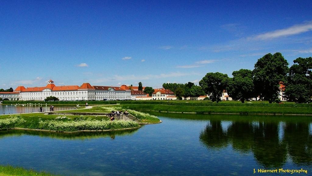 Frontansicht Schloss Nymphenburg in München
