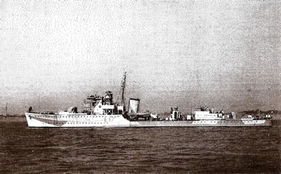 8 destroyers « Hunt » Class (counter-torpedos) for naval support on ground and anti-aircraft