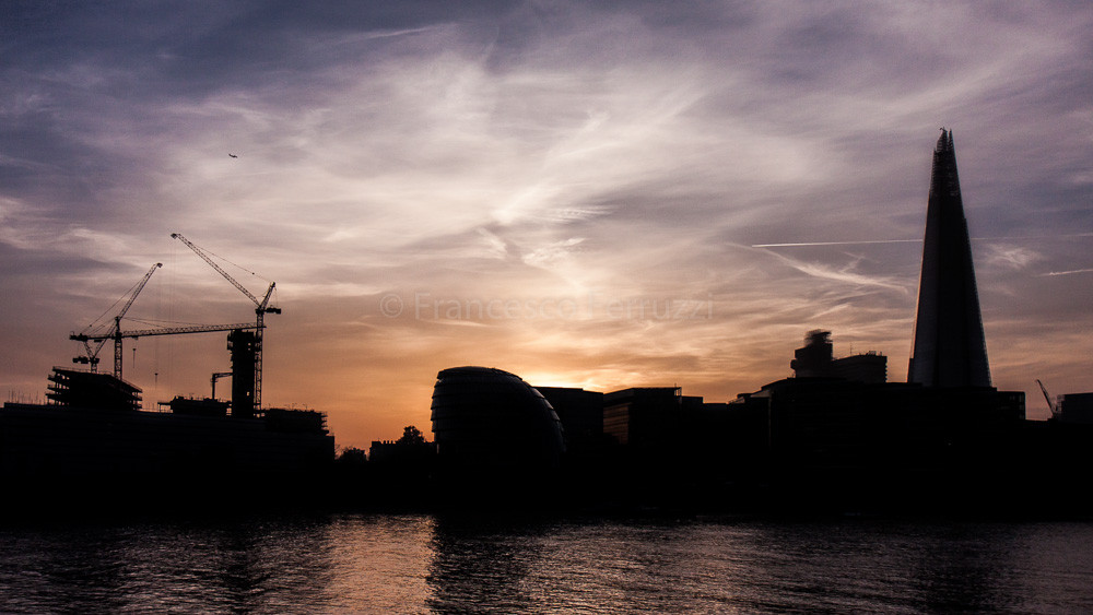 Tramonto a Londra [sunset in London]