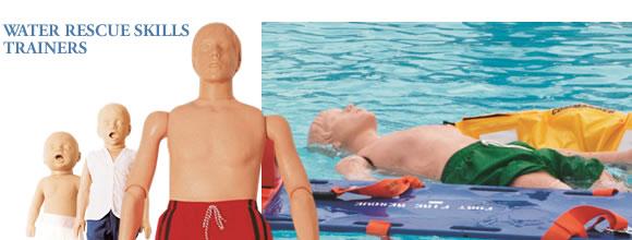 水難救助訓練に使用される水難救助訓練マネキン