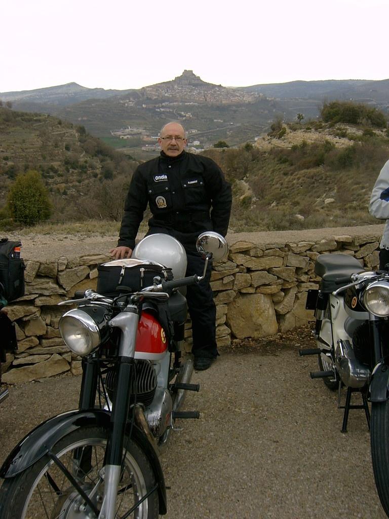 Vicente y al fondo Morella