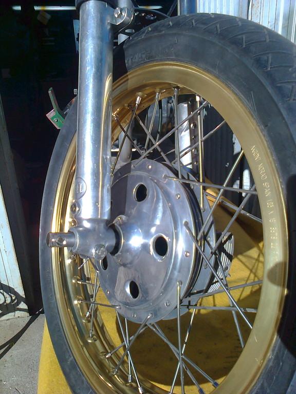 Rueda delantera tambor ventilado