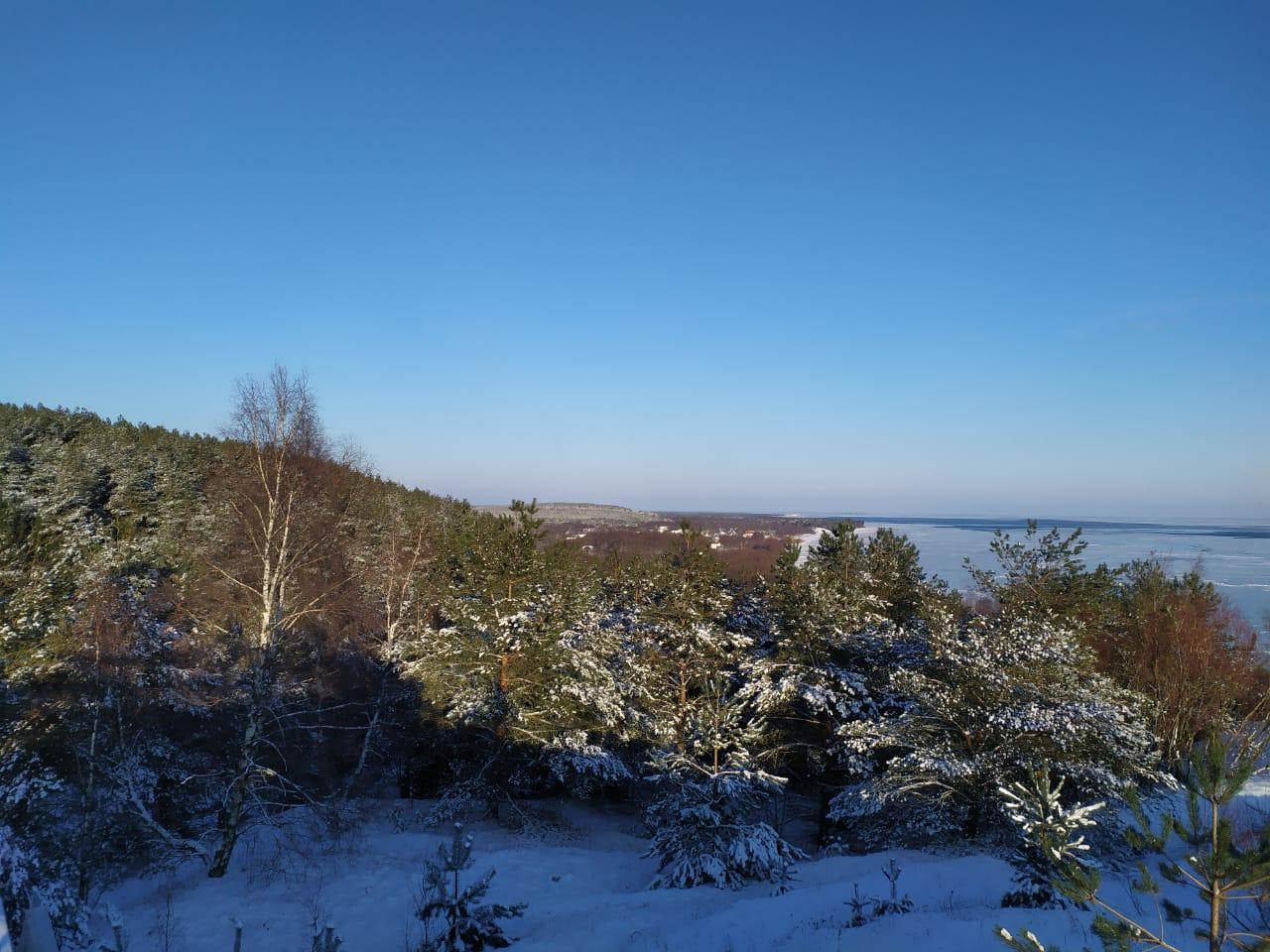 Blick von der  Franz-Epha Düne auf das zugefrorene Haff