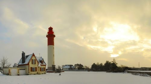 phare de Brighton les pins sous la neige et en été - rond point de la maison de l'oiseau - phare du Hourdel