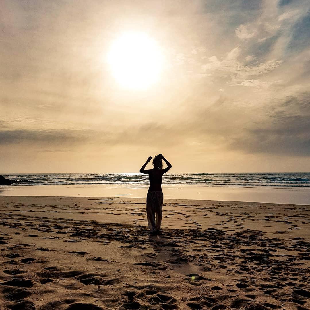 Selbstliebe, bezeichnet die bedingungslose Annahme und Liebe seines ganzen Seins. Sich bedingungslos zu Lieben und wertzuschätzen.