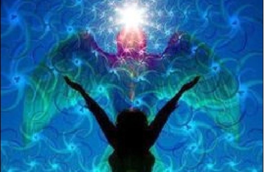 Wir sind multidimensionale Wesen. Im Himmel gibt es ein SEIENDES, die Seele und ein LEBENDIGES, der Geist