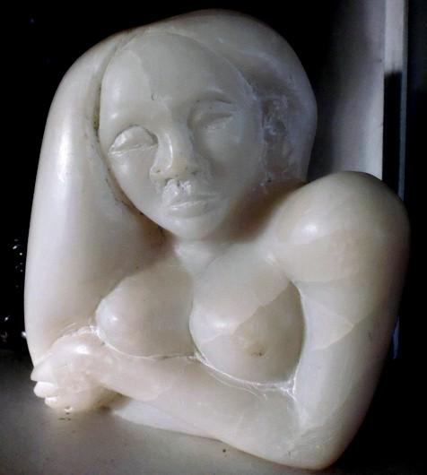 Anna. Speckstein, 14 x 15 cm. 2002