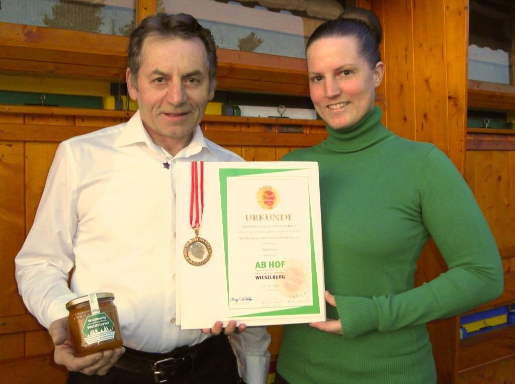 Unsere erste Medaille für den Waldhonig 2015