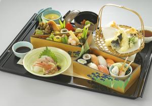 仕出し割烹 やまのべ(シダシカッポウ ヤマノベ)おもてなし料理