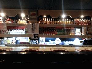 スナック 酒宝 エルザ(シュホウ エルザ) カウンター正面写真画像 TEL089-932-0078  〒790-0003 愛媛県松山市三番町1-9-13 サントリービル3F
