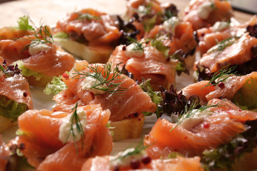 Canapees Lachs