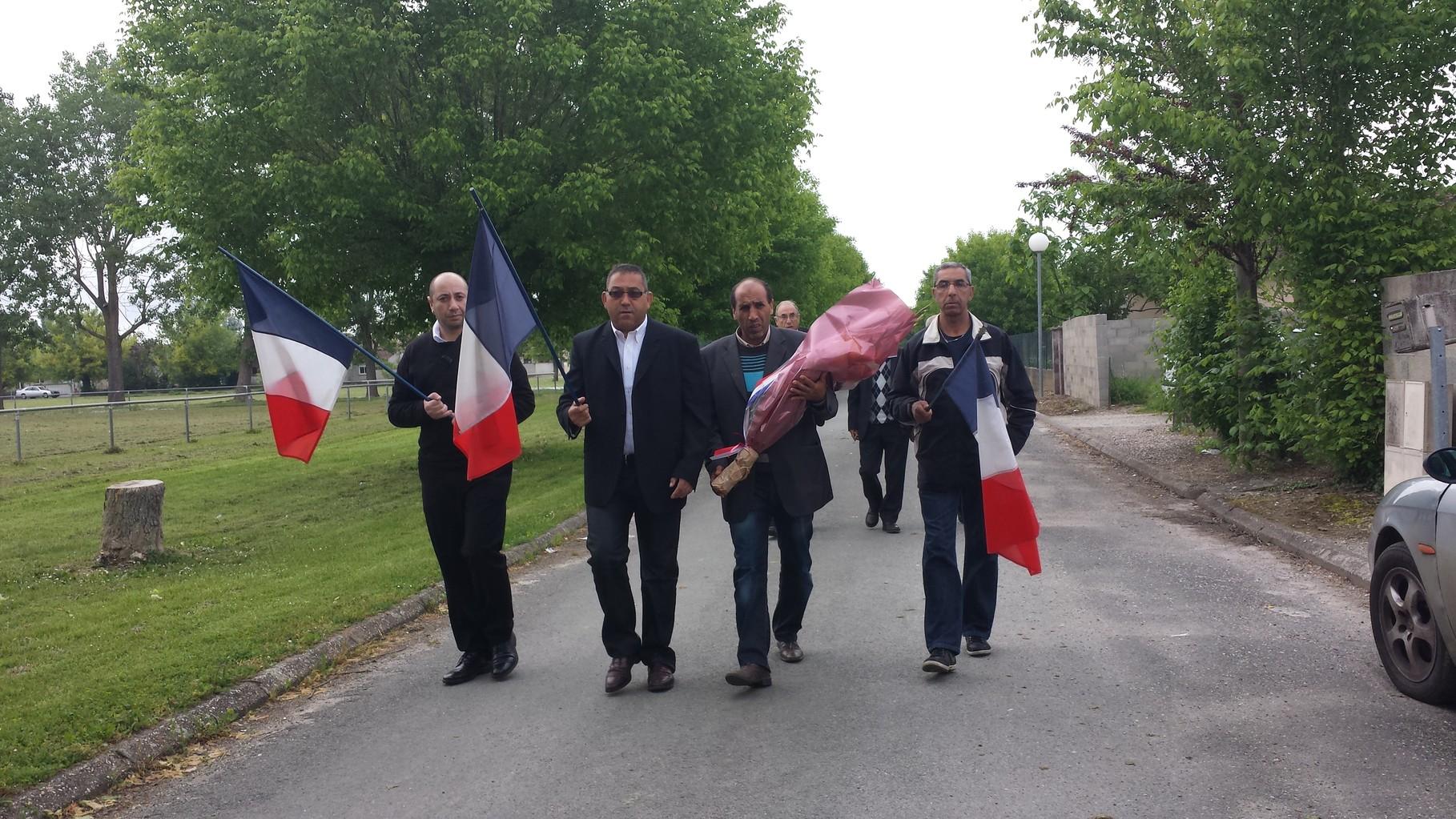 CAMP DE BIAS - ARRIVÉE DE LA DÉLÉGATION DES ACVG EN COMPAGNIE DU PDT DU CNLH, BOAZA GASMI
