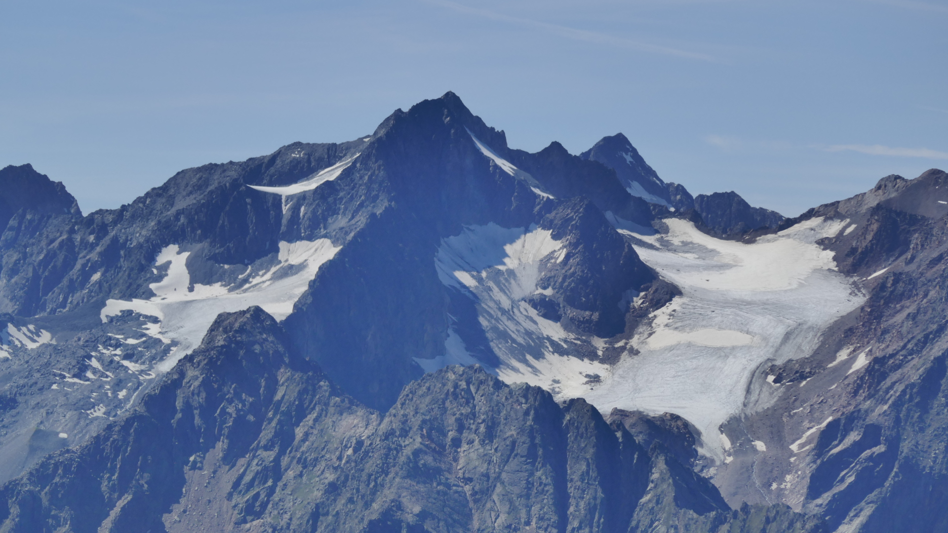 Ruderhofspitze, rechts dahinter Schrankogel