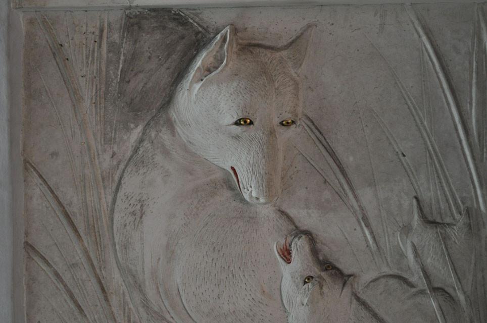 長八の鏝絵/狐の親子
