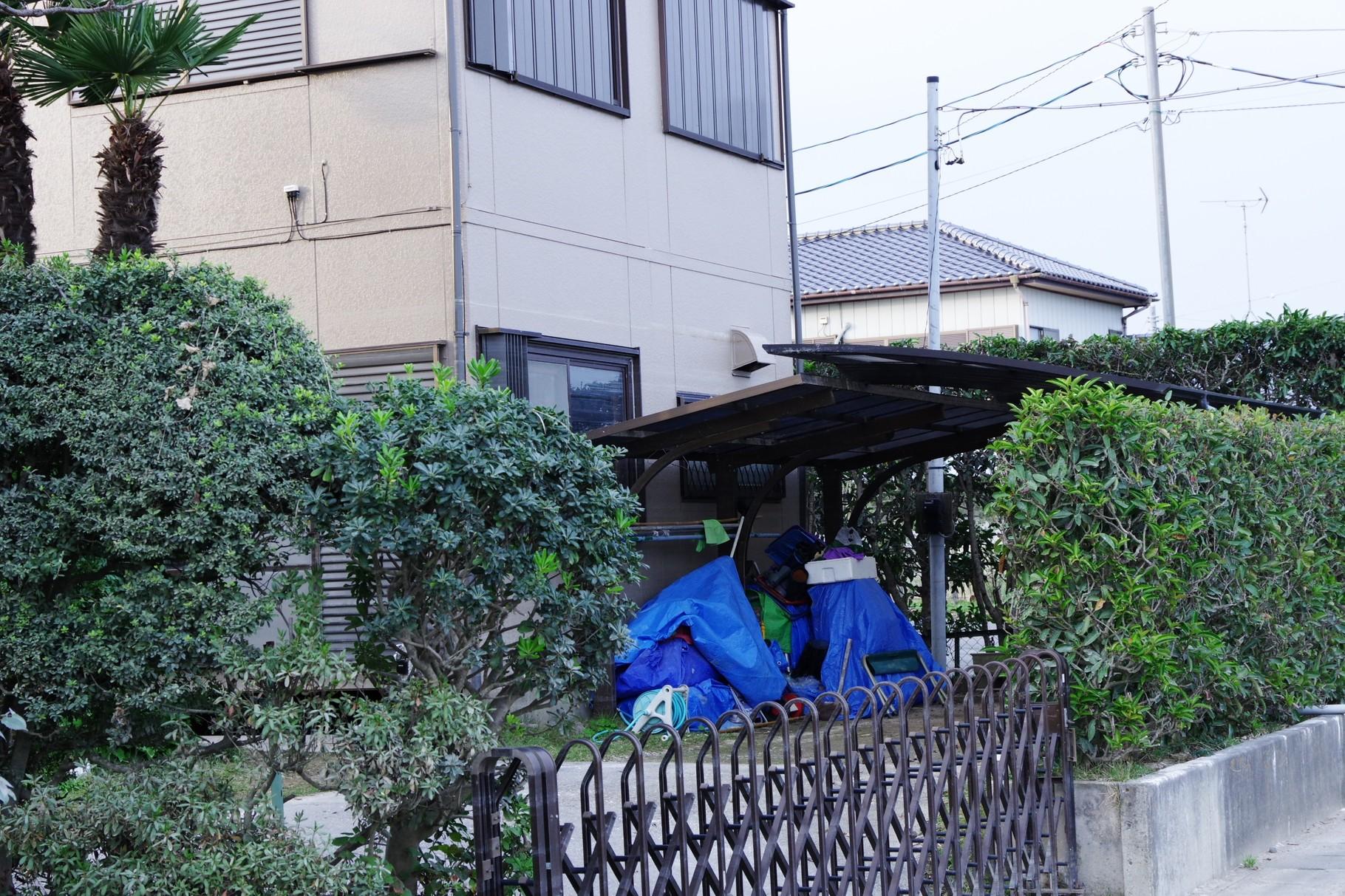 大和橋から北に向かう途中の住宅 換気扇フードに浸水痕