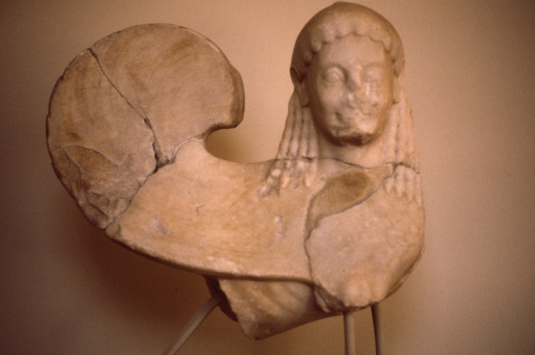 560B.C.ころの墓碑 アテネ