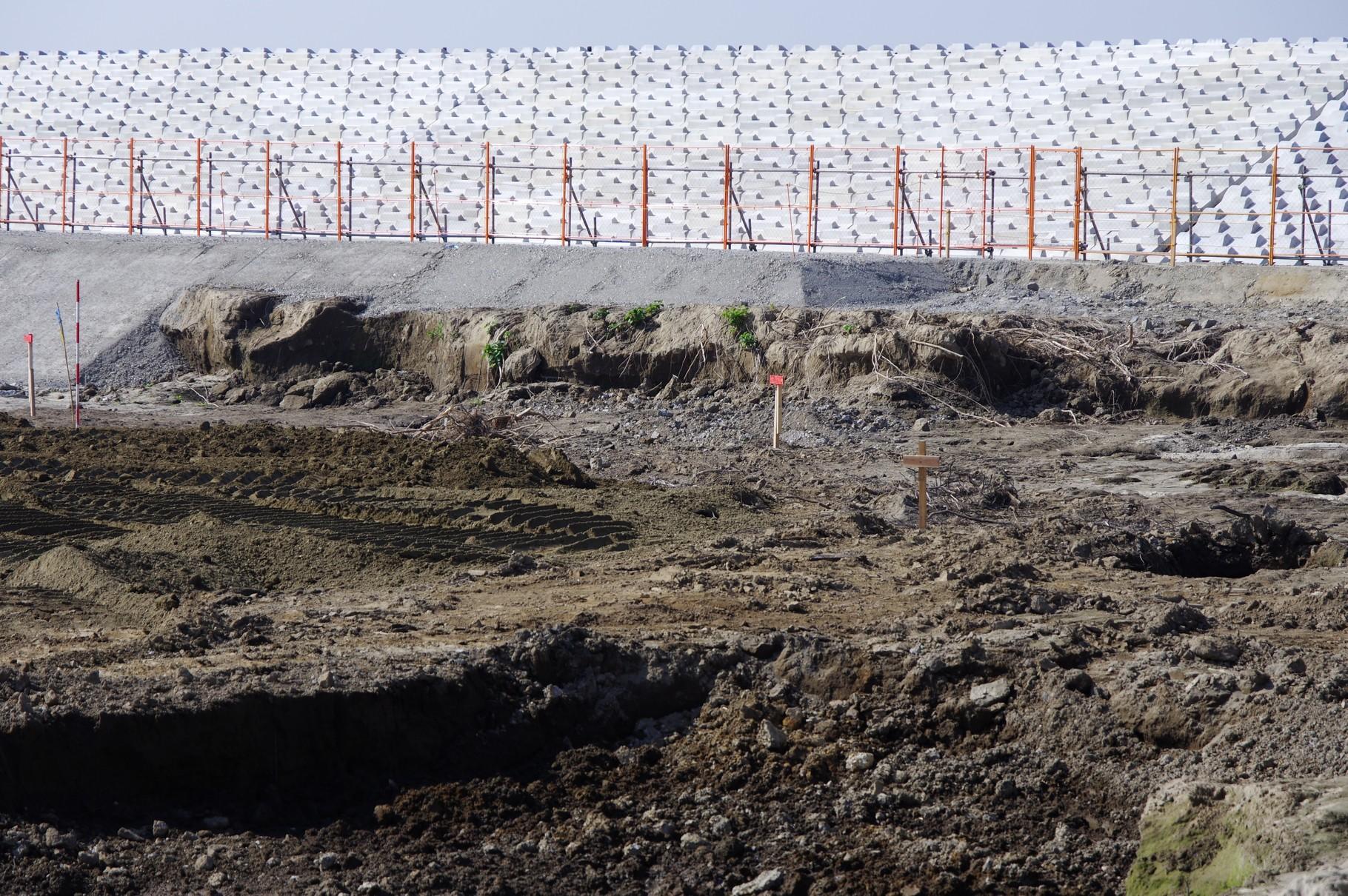 堤防基盤部分の洗掘の状況