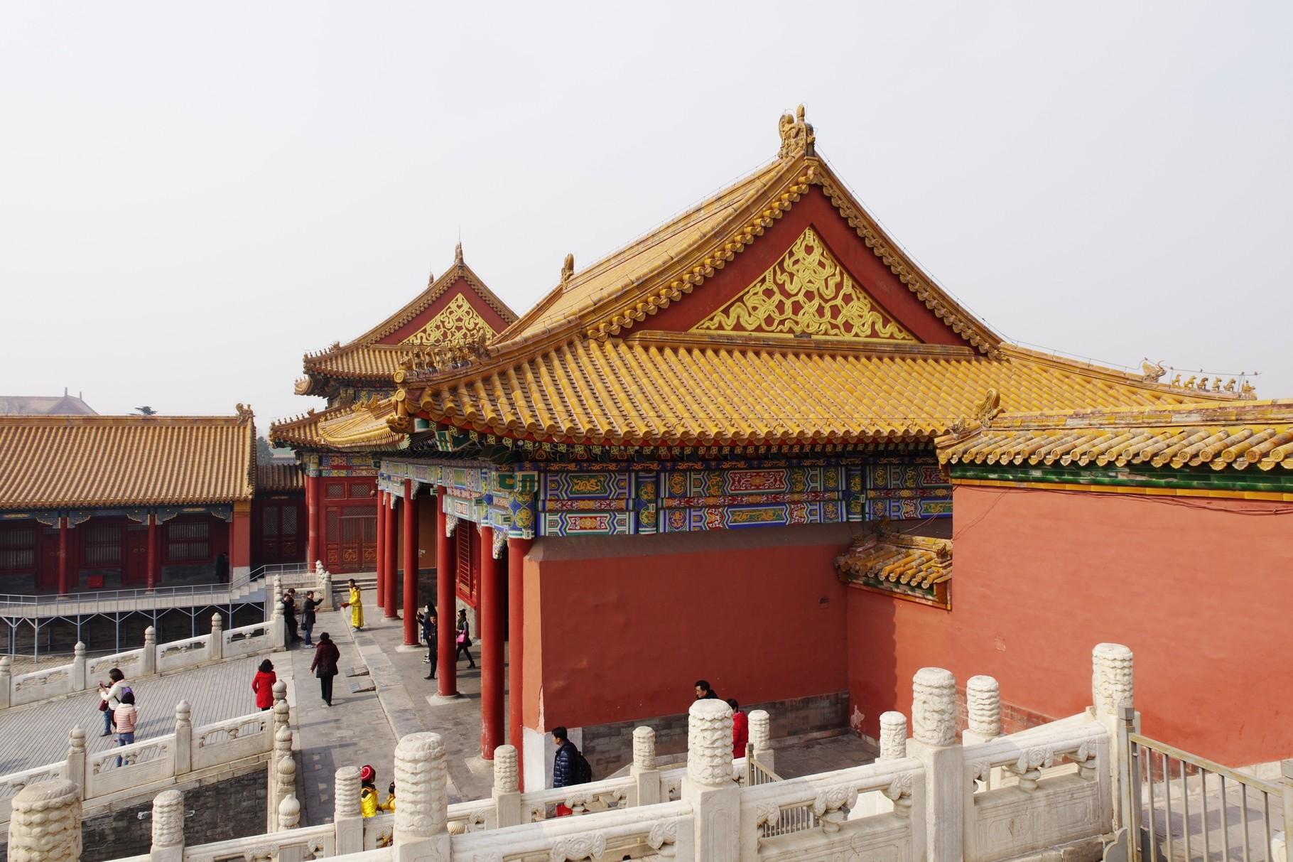 保和殿西側の后右門