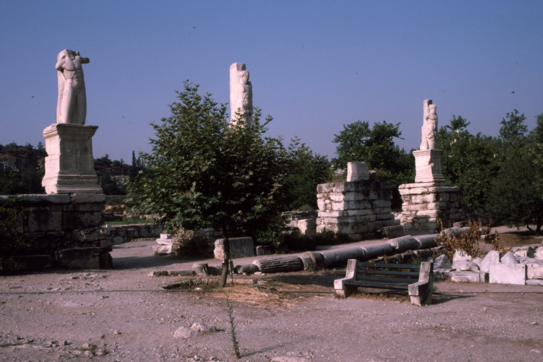 2世紀にローマが建てた「トリトンと巨人」
