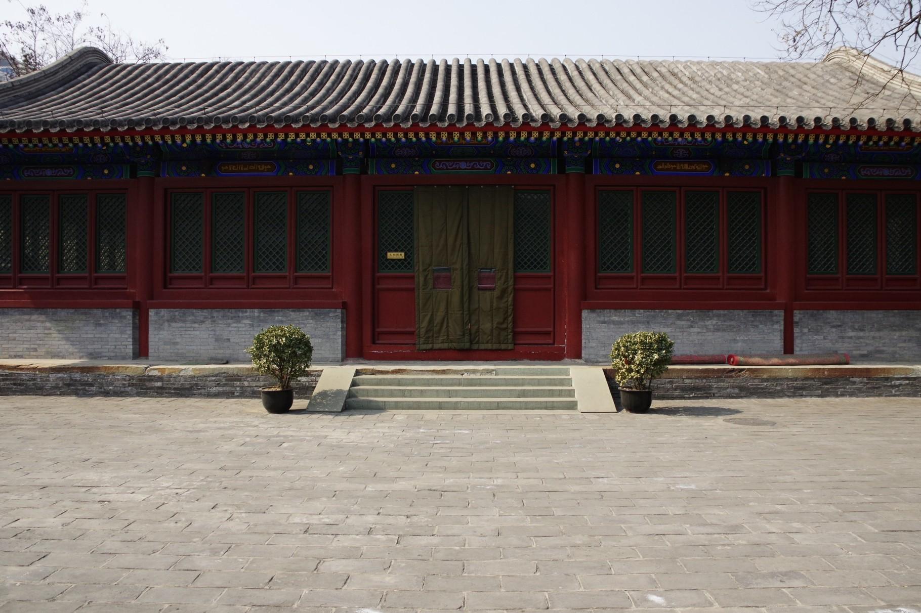 中心軸の第一の中庭 西側 第一の主殿「礼拝副殿」