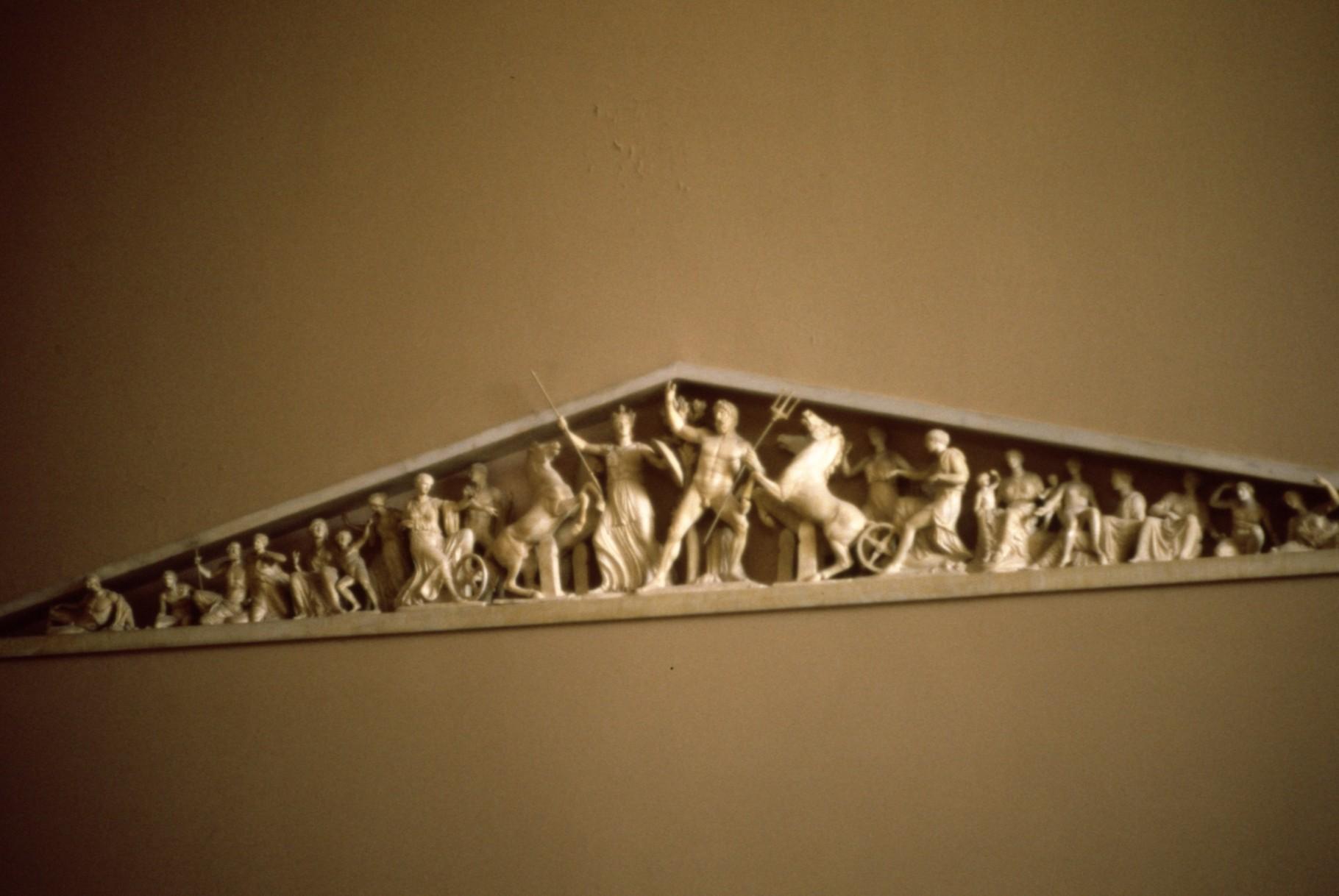 パルテノンの破風の彫刻の縮小模型