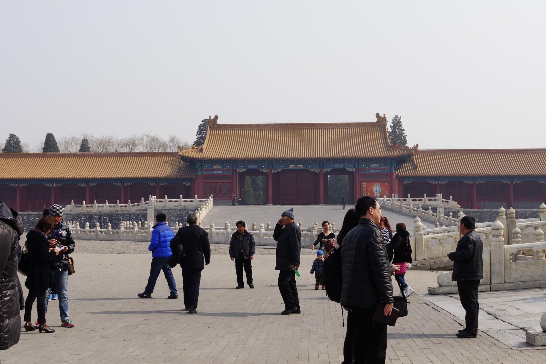 東の協和門