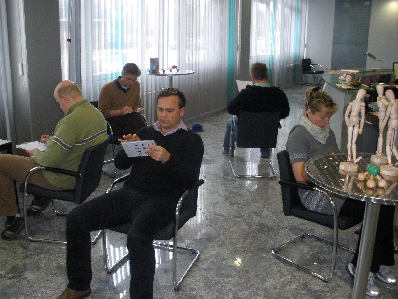 Tangram-Kommunikation Indoor bis zu 10 Personen bei einem Sprecher