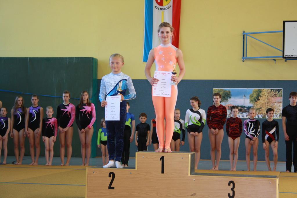 Siegerehrung - Platz 2 für Emily Lüder