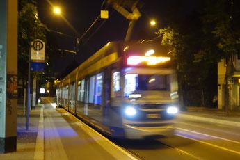 Die Linie 11 im spät-Verkehr.