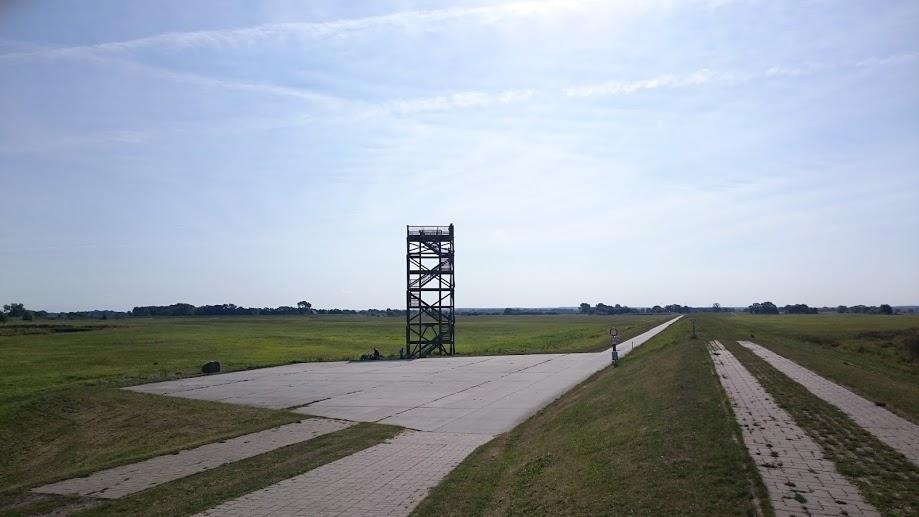 Zwischen Boitzenburg und Bleckede. Von unten ...