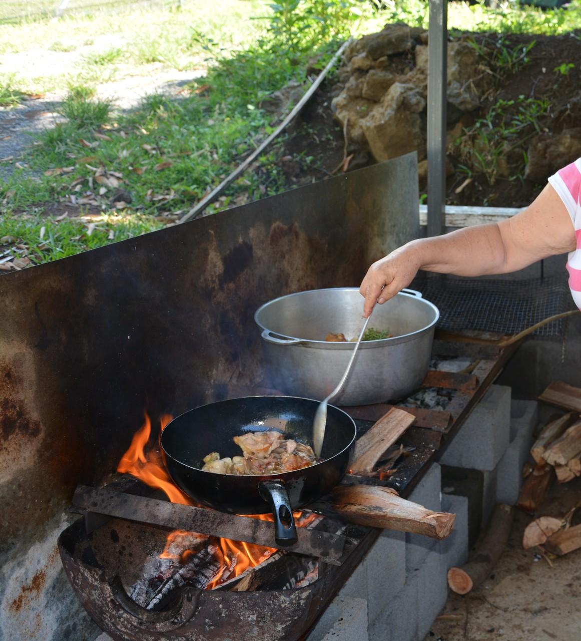 cuisine au feu de bois ou ...