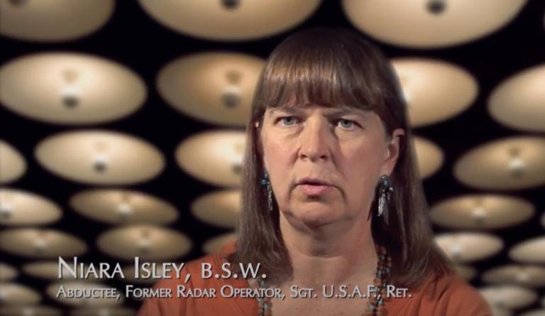 Niara Isley – MILABS Les enlèvements militaires
