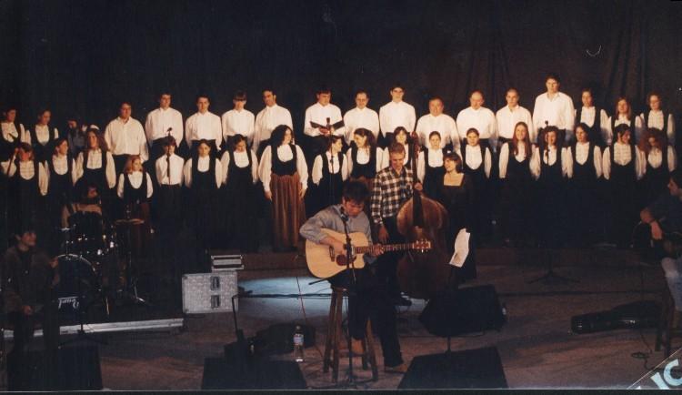 Singing with Mikel Urdangarin - 2000