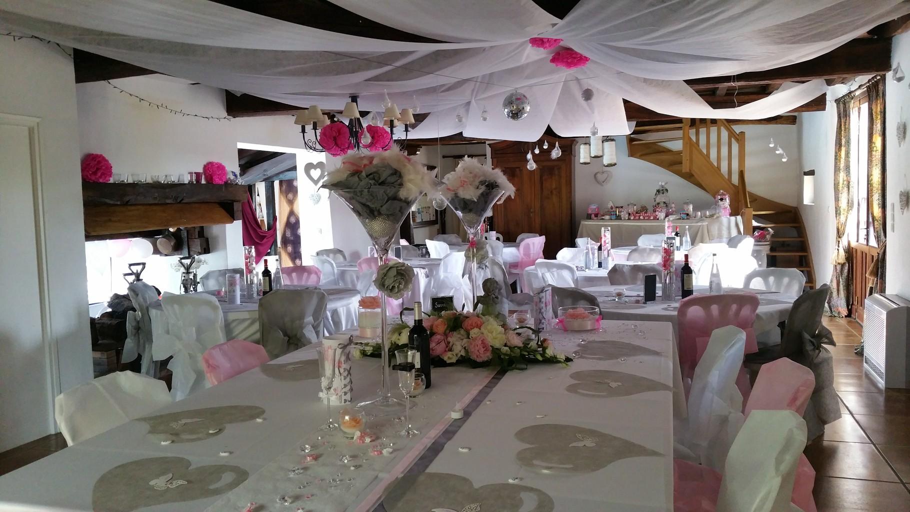 Domaine de Millox, vue d'ensemble de la salle de mariage