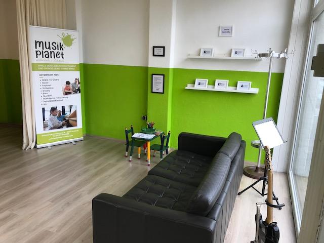 Warteraum Musikschule Musikplanet in Lüneburg in der Dahlenburger Landstrasse 18